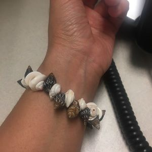Spring Bound Shell Bracelet Pre Owned Expandable